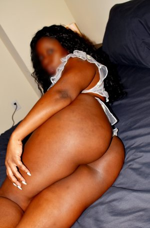 Khadija incall escort in Tukwila