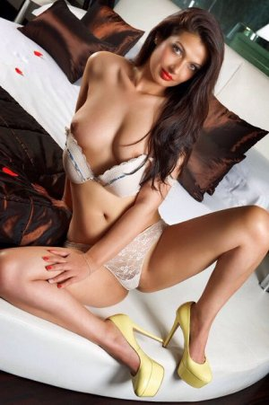Fathia milf outcall escorts